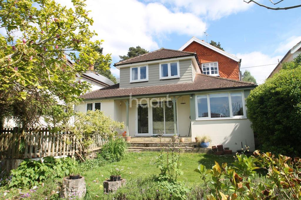 4 Bedrooms Detached House for sale in Seymour Road, Headley Down, Hampshire