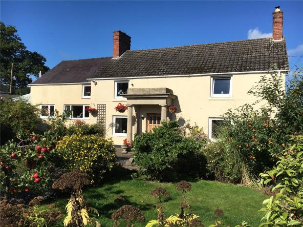 4 Bedrooms Detached House for sale in Ashley House, Crew Green, Shropshire