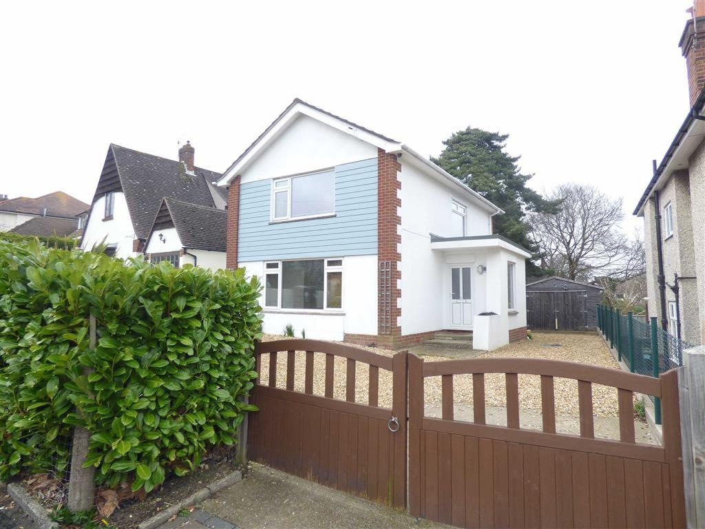 4 Bedrooms Detached House for sale in Brackendale Road, Bournemouth, Dorset, BH8