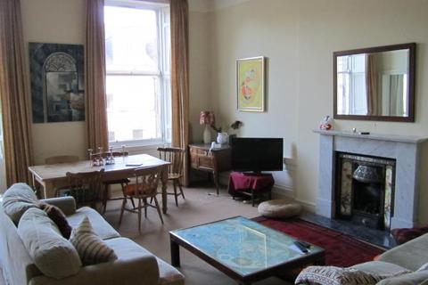3 bedroom flat to rent - Albany Street, New Town