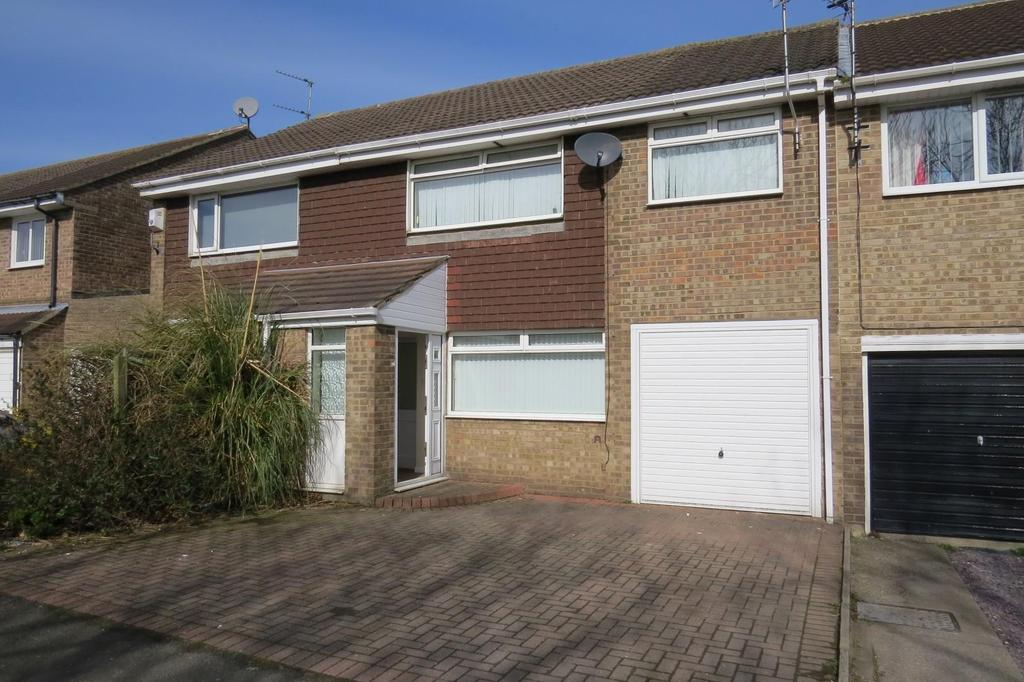 3 Bedrooms Terraced House for sale in Burnside, North Seaton, Ashington