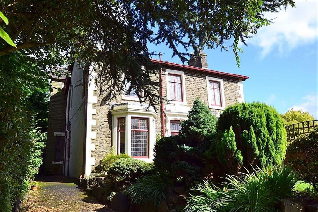 3 Bedrooms Semi Detached House for sale in Cliffe Lane, Great Harwood, BB6