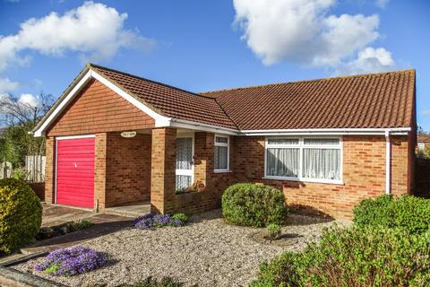 2 bedroom detached bungalow for sale - Bitterne, Southampton