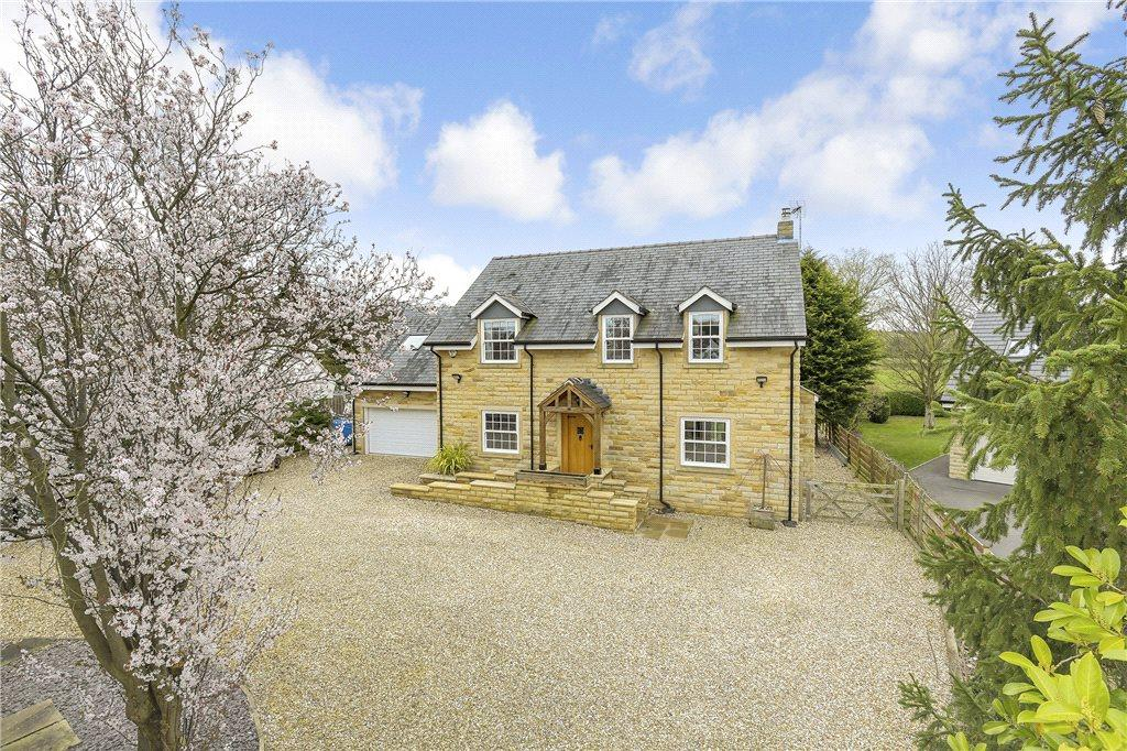5 Bedrooms Detached House for sale in First Avenue, Bardsey, Leeds, West Yorkshire