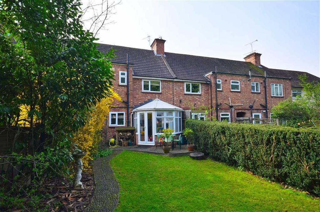 3 Bedrooms Terraced House for sale in The Chase, Watford, Hertfordshire