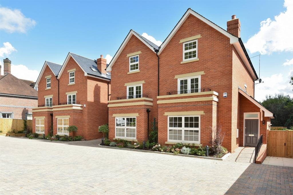 4 Bedrooms End Of Terrace House for sale in Winchester, Hampshire