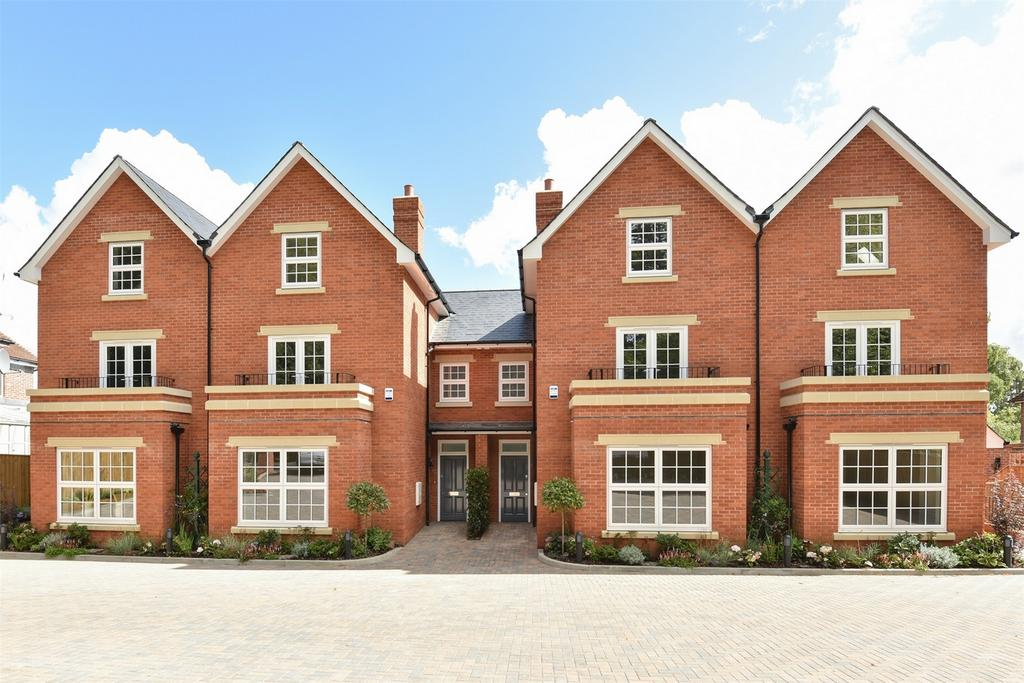 4 Bedrooms Town House for sale in Winchester, Hampshire