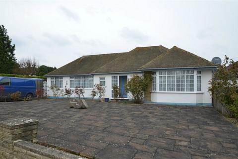 2 bedroom detached bungalow for sale - Devonshire Way, Shirley, Croydon, Surrey