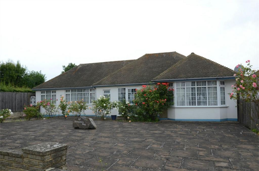 3 Bedrooms Detached Bungalow for sale in Devonshire Way, Shirley, Croydon, Surrey