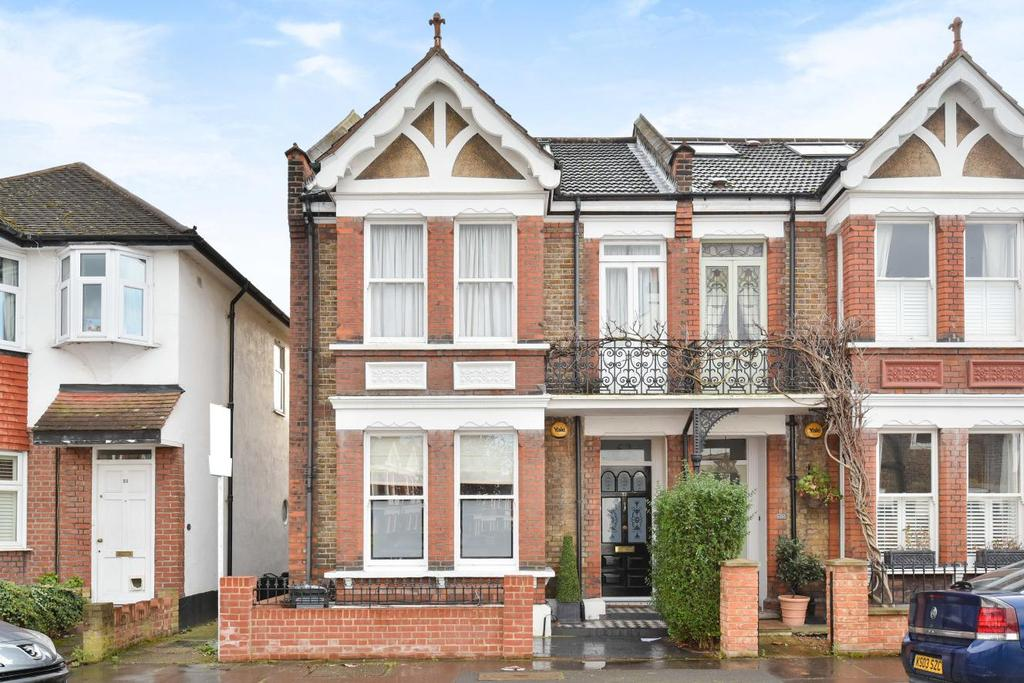 4 Bedrooms Semi Detached House for sale in Kendall Road, Beckenham