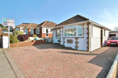 3 bedroom detached bungalow for sale - Chalkland Rise, Woodingdean