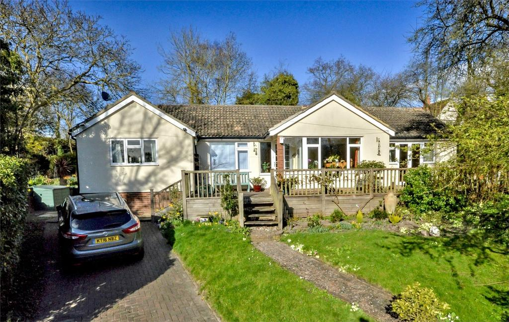 4 Bedrooms Detached Bungalow for sale in Duchy Barn, Back Hill, Hadstock