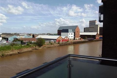 2 bedroom property to rent - Trade Winds, 10 Wincolmlee, HULL