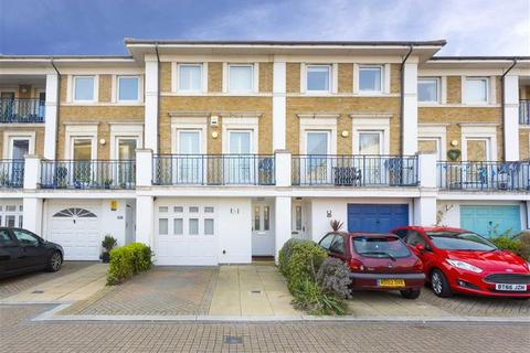 3 bedroom flat to rent - Victory Mews, Brighton