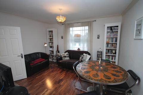 2 bedroom flat to rent - Glenton Road, SE13