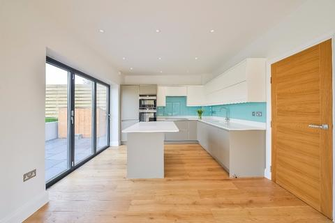 4 bedroom detached house for sale - The Cliff Roedean East Sussex BN2