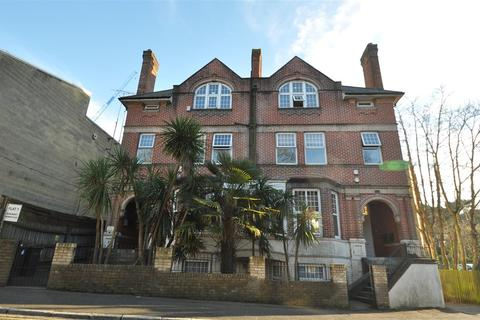 2 bedroom apartment for sale - Bournemouth