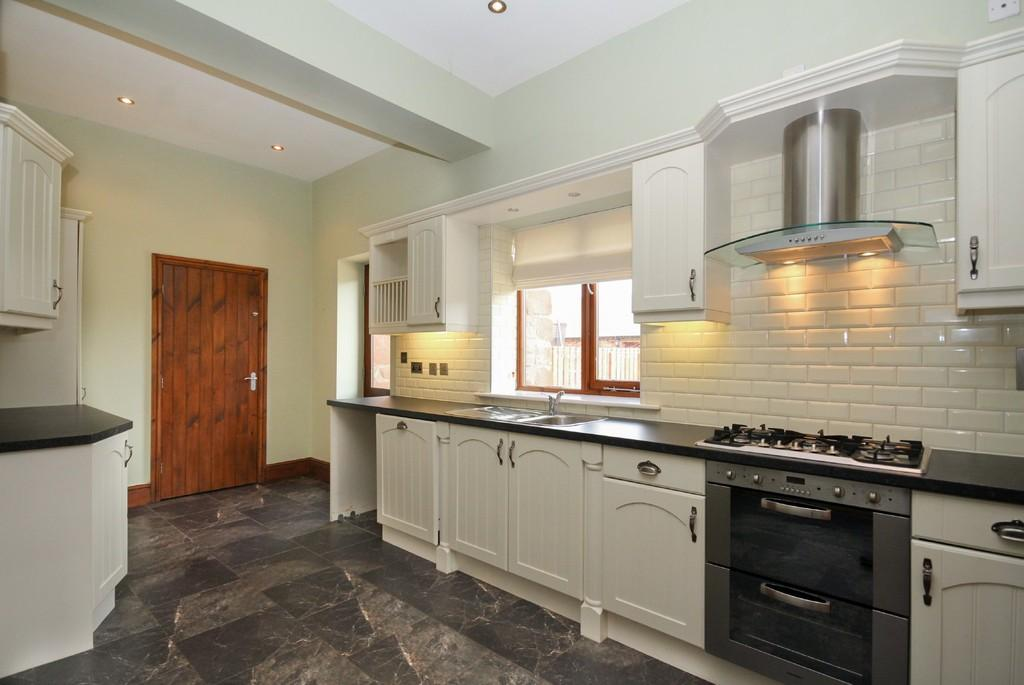 4 Bedrooms Barn Conversion Character Property for sale in Parkhouse Court, Barrow-In-Furness