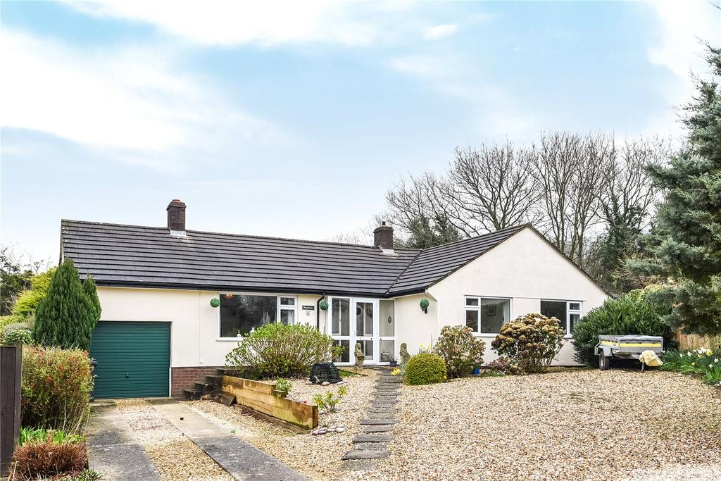 4 Bedrooms Bungalow for sale in Ottervale Close, Rawridge, Honiton, Devon, EX14