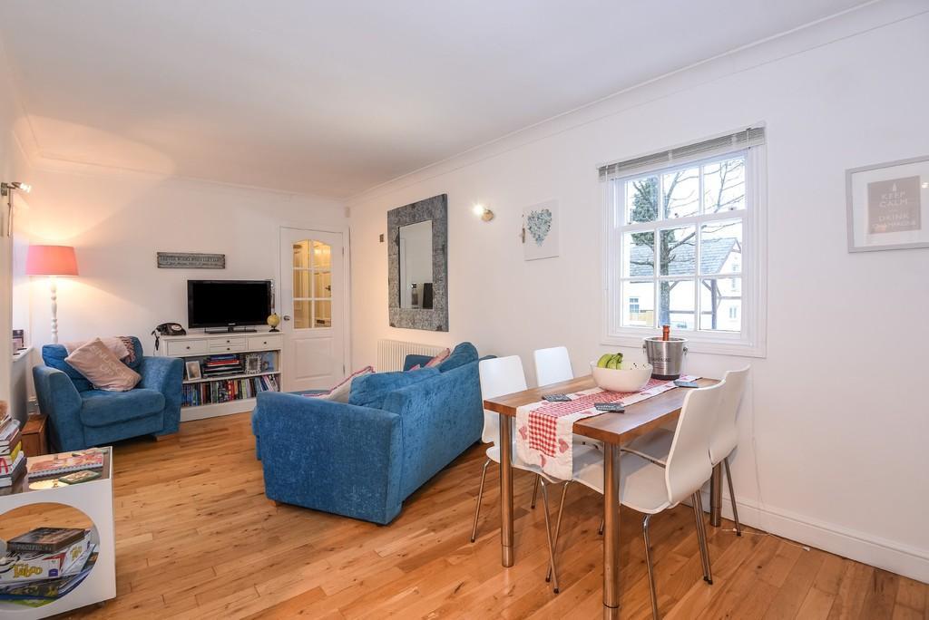1 Bedroom Apartment Flat for sale in Tivoli