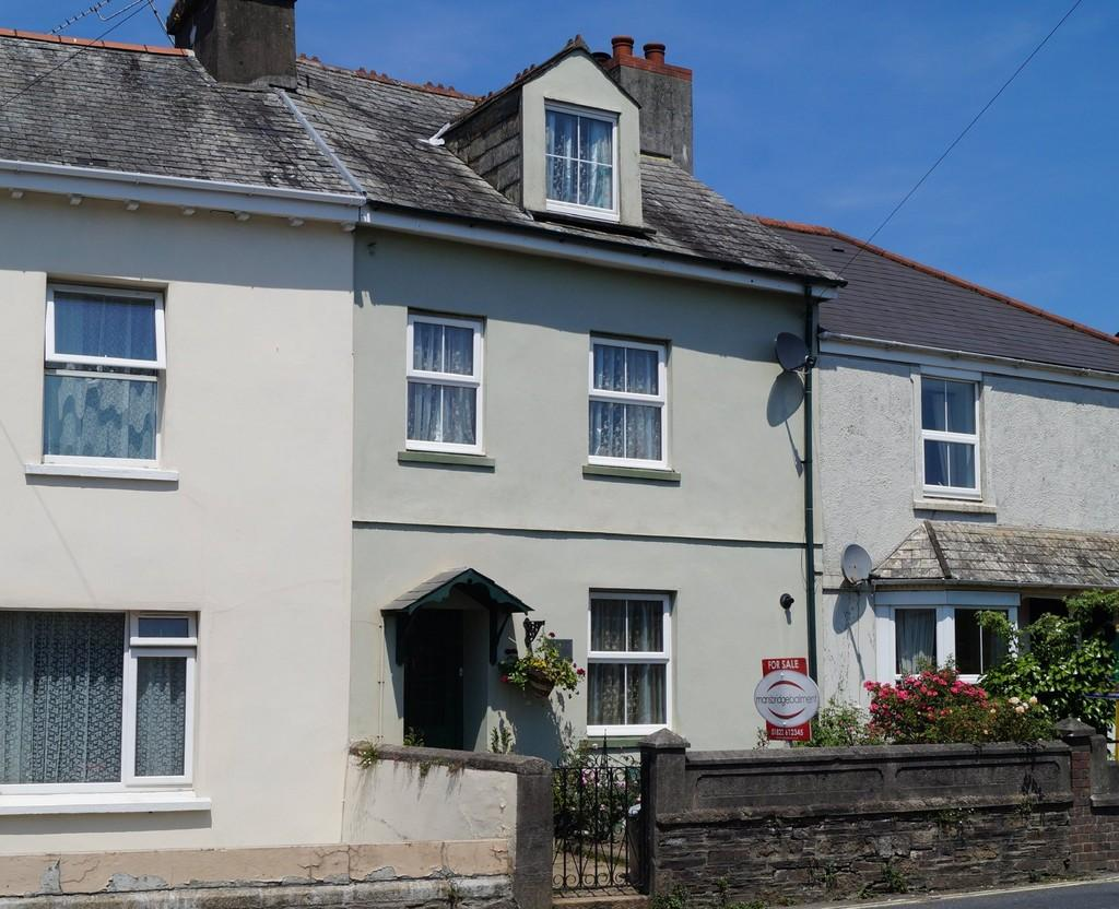 3 Bedrooms Terraced House for sale in Callington