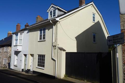 4 bedroom end of terrace house for sale - Queen Street, Colyton
