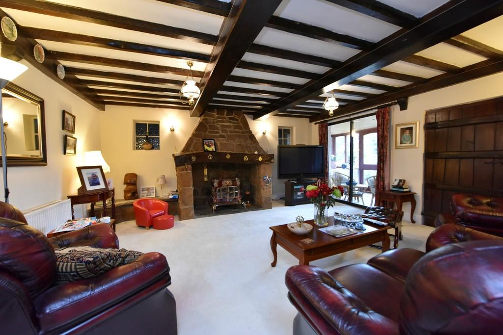 5 Bedrooms Farm House Character Property for sale in Holborn Hill, Ormskirk