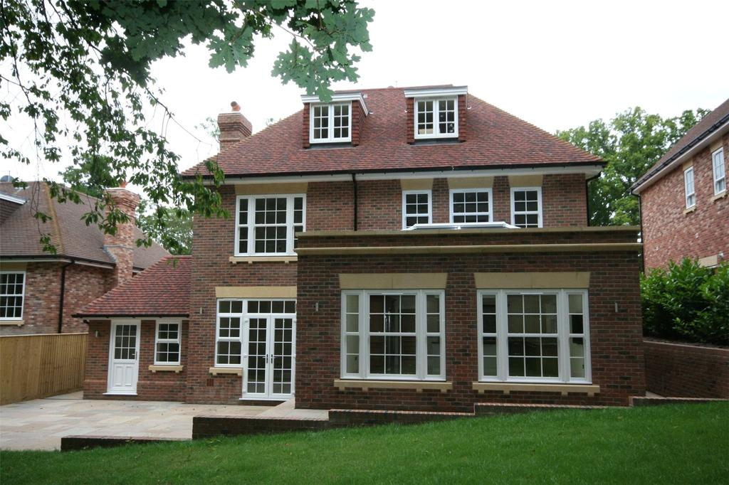 6 Bedrooms Detached House for sale in Strawberry Hill, Gerrards Cross, Buckinghamshire