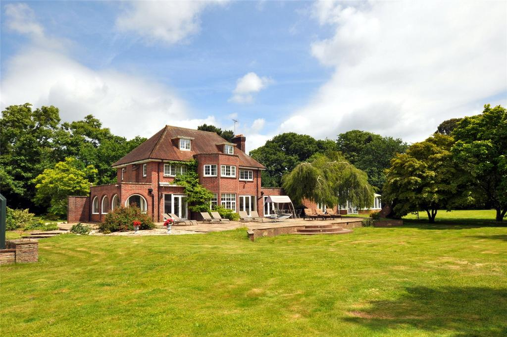 6 Bedrooms Detached House for sale in Little Heath Road, Fontwell, West Sussex, BN18