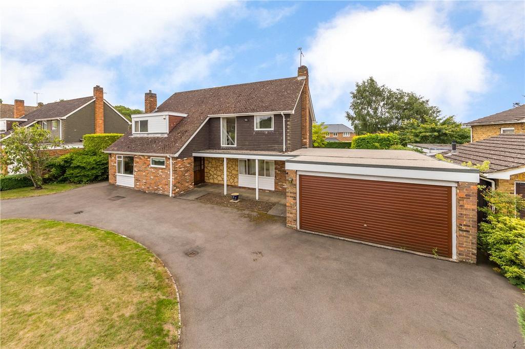 4 Bedrooms Detached House for sale in Barlings Road, Harpenden, Hertfordshire