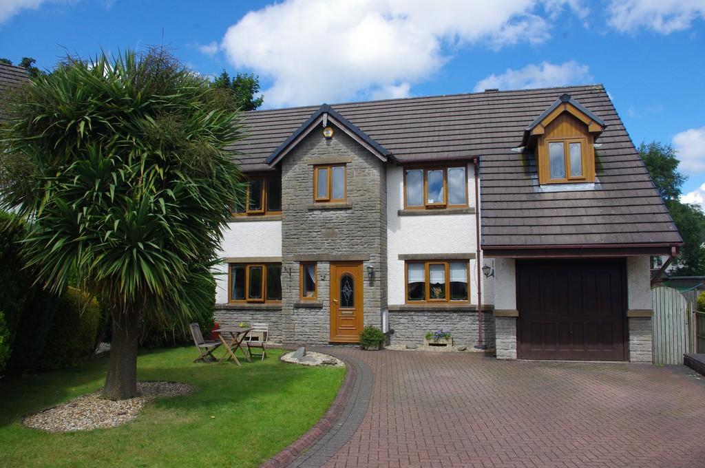 4 Bedrooms Detached House for sale in Fell View, Swarthmoor, Ulverston