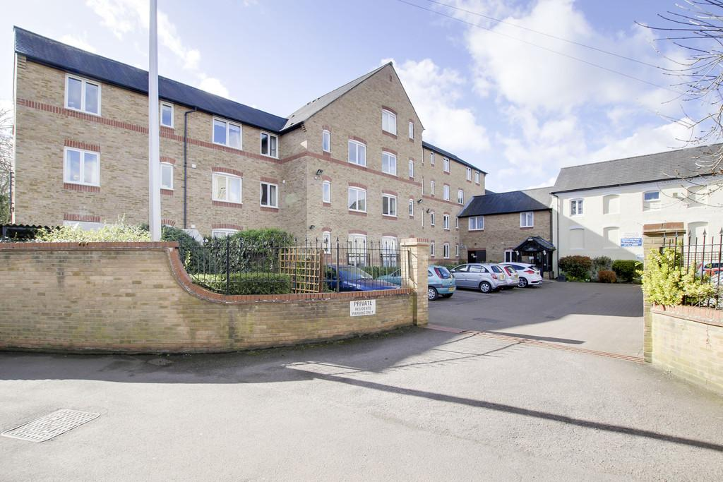 1 Bedroom Apartment Flat for sale in Waterside Court, Church Street, St. Neots