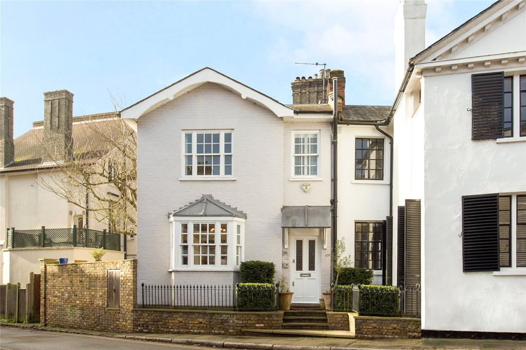 2 Bedrooms End Of Terrace House for sale in Vale of Health, Hampstead, London, NW3