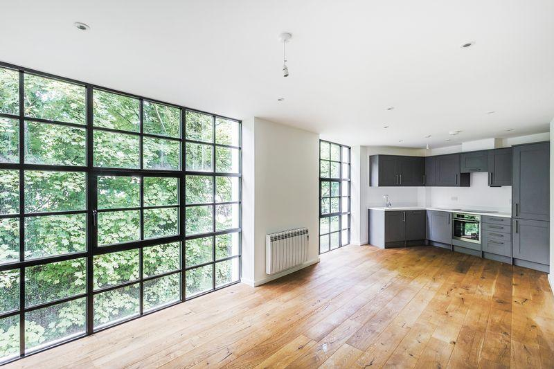 1 Bedroom Apartment Flat for sale in Station Approach, Godalming