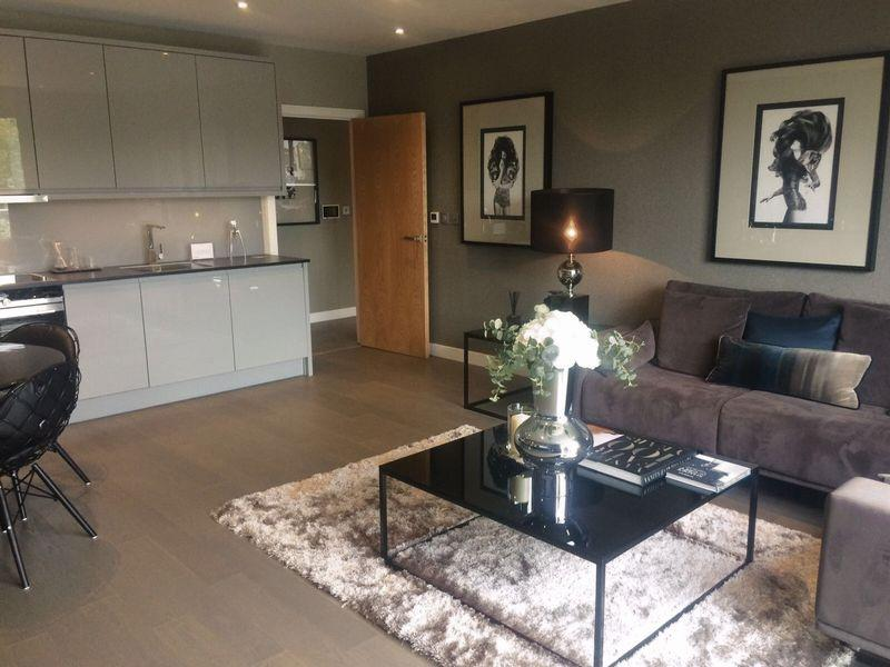 1 Bedroom Flat for sale in Serenity House, Colindale Gardens, Colindale, London, NW9 5HU