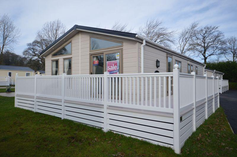 2 Bedrooms Lodge Character Property for sale in Holiday Lodges For Sale On Popular Dawlish Warren Site