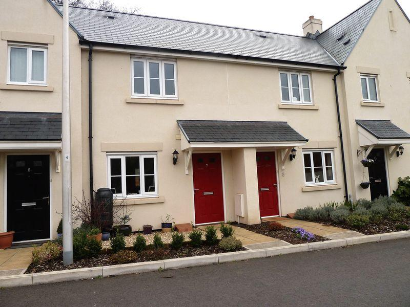 2 Bedrooms Terraced House for sale in Morlaix Close, Dawlish