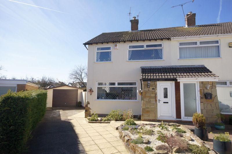 3 Bedrooms Semi Detached House for sale in Rydal Close, Wirral