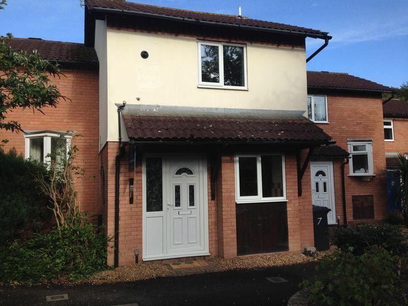 2 Bedrooms Terraced House for sale in The Orchard, Bicton Heath, Shrewsbury, SY3 5AW