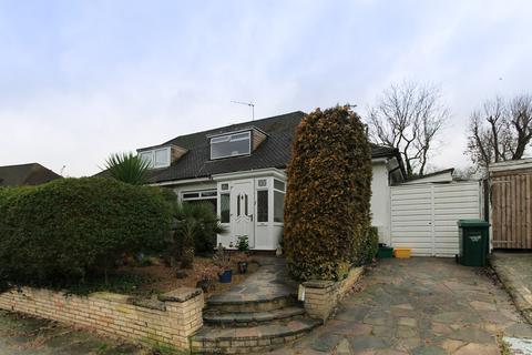 2 bedroom semi-detached bungalow for sale - The Grove, Edgware, HA8
