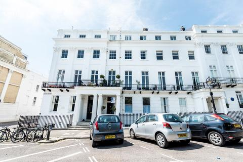 2 bedroom maisonette for sale - Sussex Square, Brighton, BN2