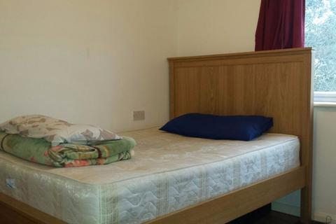 2 bedroom house share to rent - Ridge Hill, Golders Green NW11