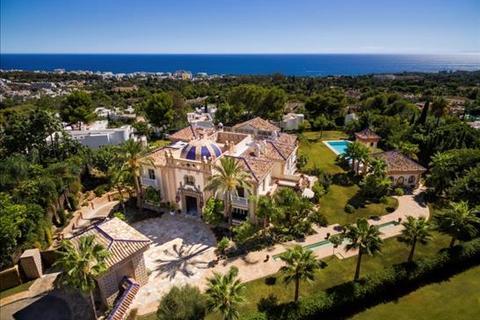 5 bedroom villa  - Marbella, Malaga