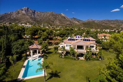 5 bedroom villa  - Quinta de Sierra Blanca, Marbella, Malaga