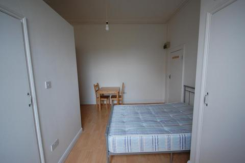 1 bedroom house share to rent - Ferme Park Rd Crouch End