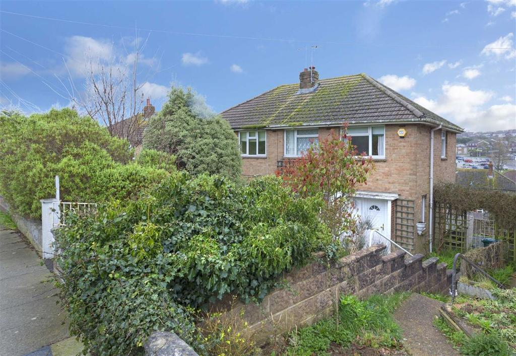 3 Bedrooms Semi Detached House for sale in Wickhurst Rise, Portslade