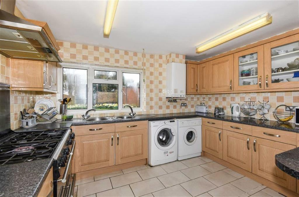 3 Bedrooms Detached House for sale in Ferndale Road, Banstead, Surrey