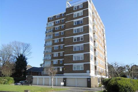 3 bedroom apartment for sale - Amberley Court, Bournemouth, BH1