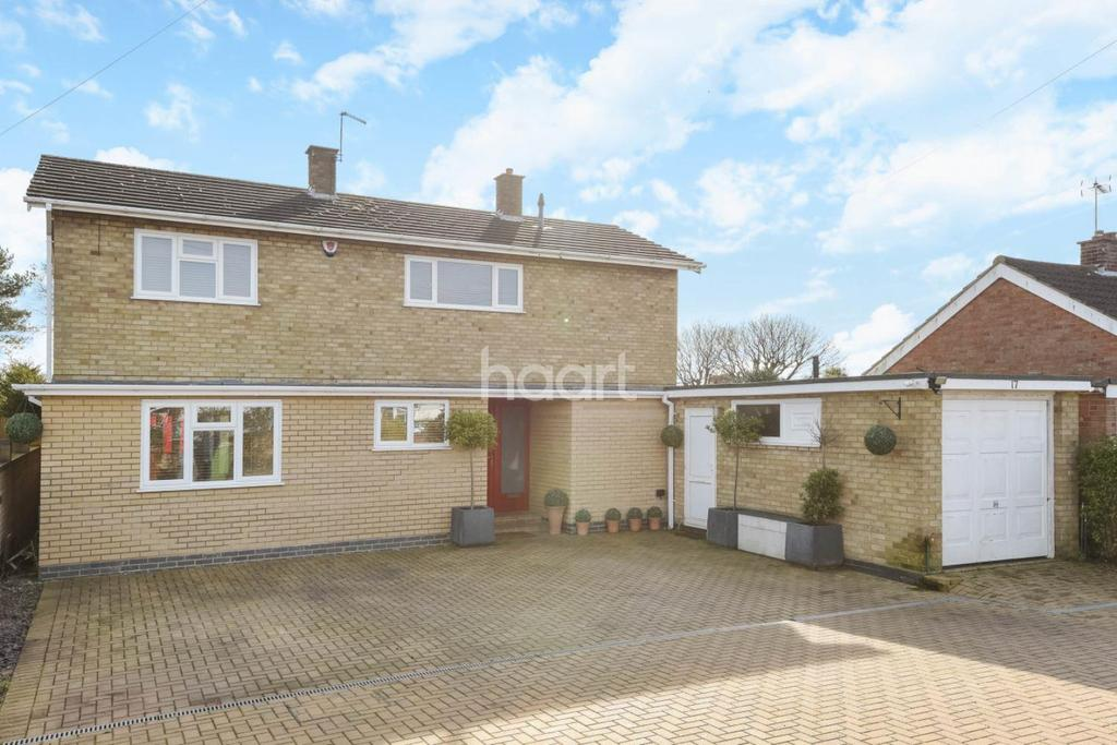 4 Bedrooms Detached House for sale in Bernham Road