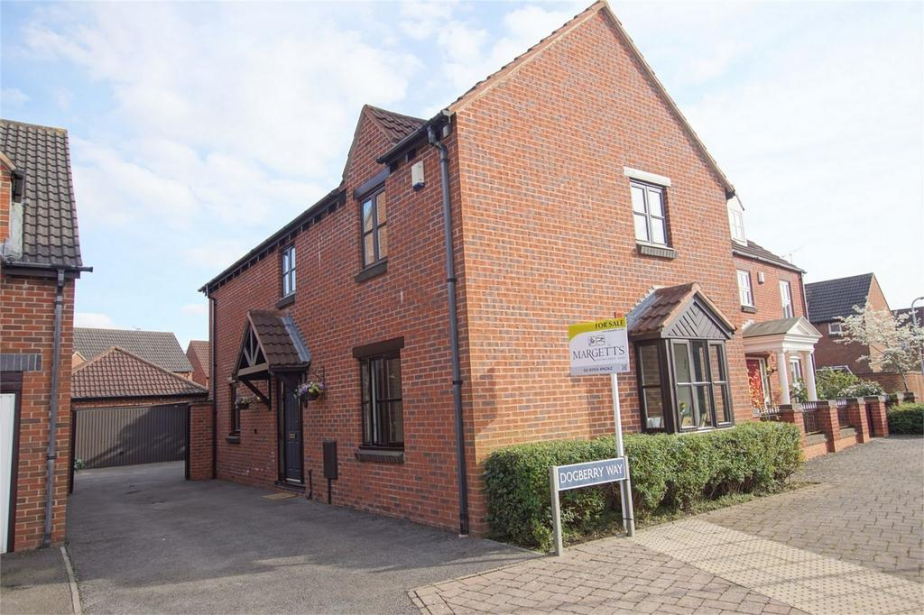 4 Bedrooms Detached House for sale in Dogberry Way, Heathcote, Warwick